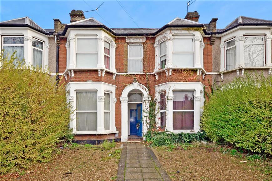 1 Bedroom Ground Flat for sale in Northbrook Road, Ilford, Essex