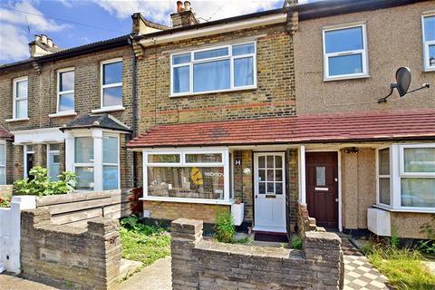 2 bedroom terraced house for sale - Blenheim Road, Stratford