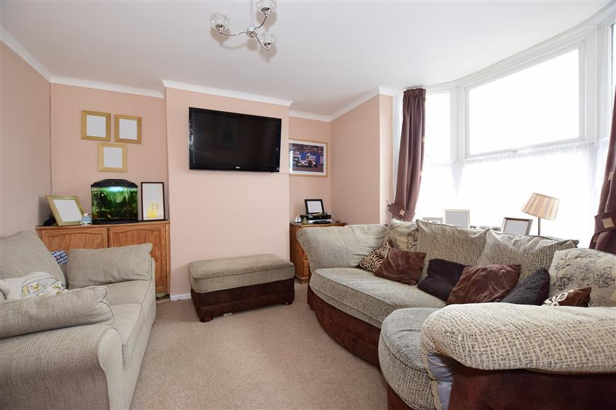 3 Bedrooms End Of Terrace House for sale in Albany Road, Newport, Isle of Wight