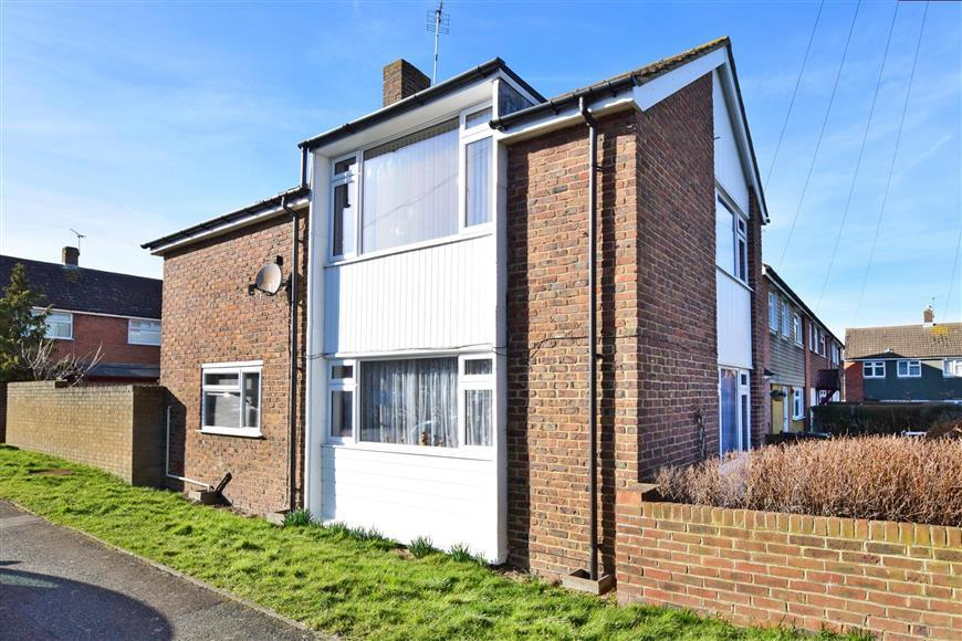 4 Bedrooms Terraced House for sale in Cross Stile, Ashford, Kent