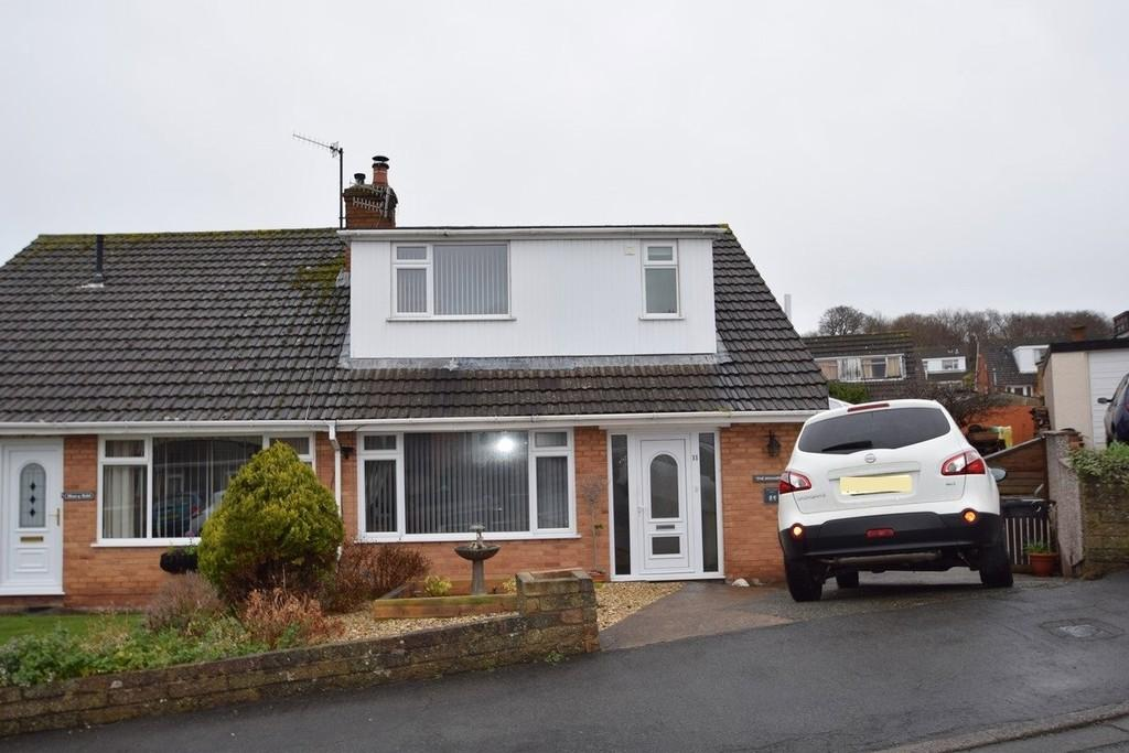 3 Bedrooms Semi Detached House for sale in Tryfan, Glan Conwy