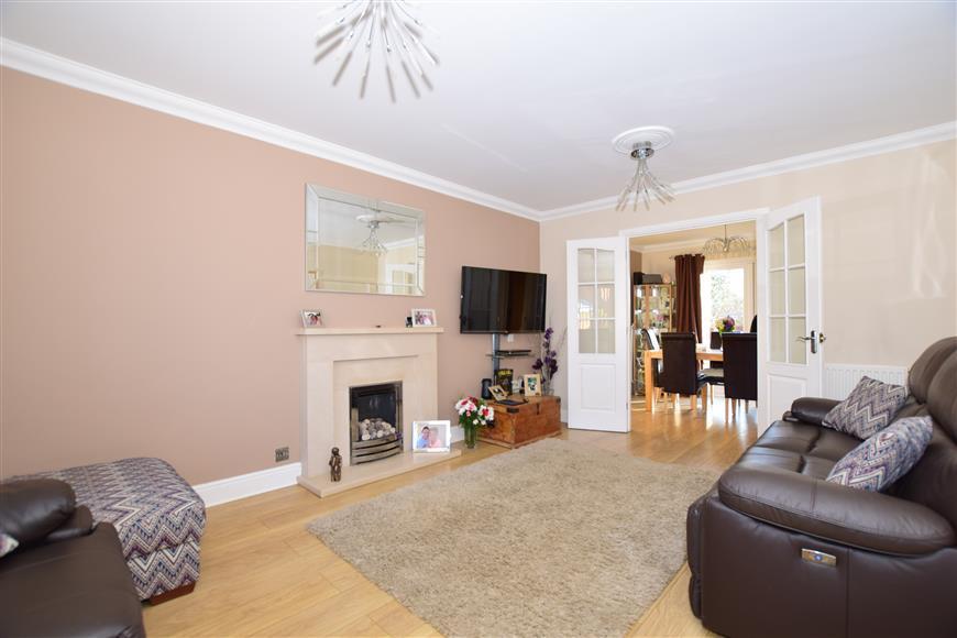 4 Bedrooms Detached House for sale in Caesar Avenue, Kingsnorth, Ashford, Kent