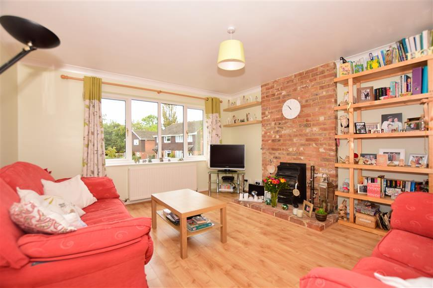 4 Bedrooms Detached House for sale in Knott Crescent, Willesborough, Ashford, Kent
