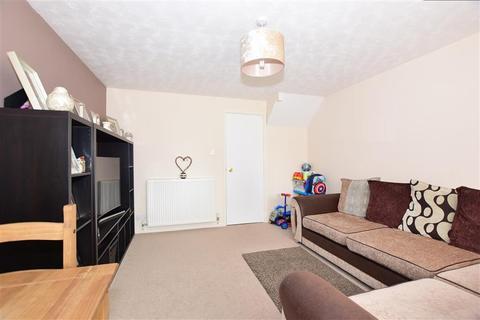 2 bedroom semi-detached house for sale - Wyatt Road, Crayford, Kent
