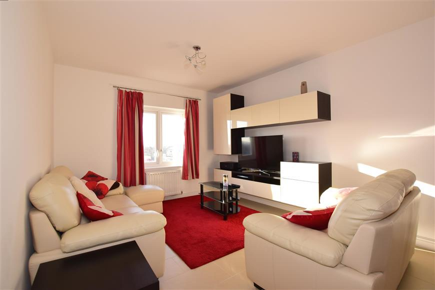 2 Bedrooms Apartment Flat for sale in Rainbow Road, Erith, Kent