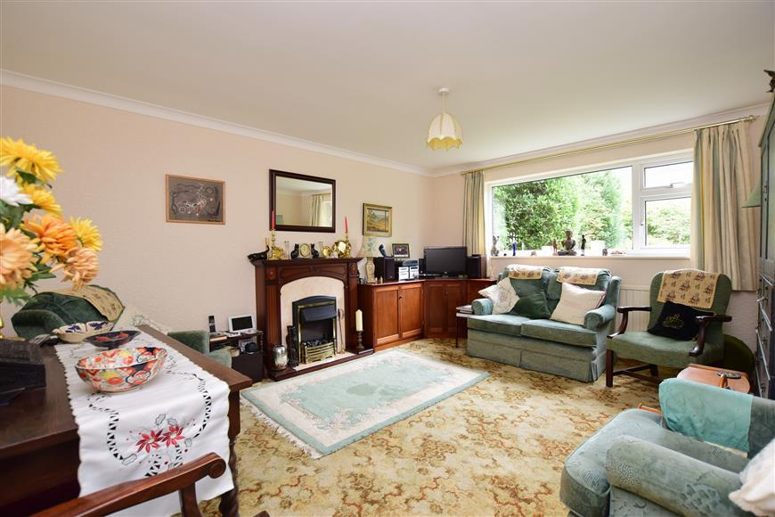 3 Bedrooms Semi Detached House for sale in Lanthorne Road, Broadstairs, Kent