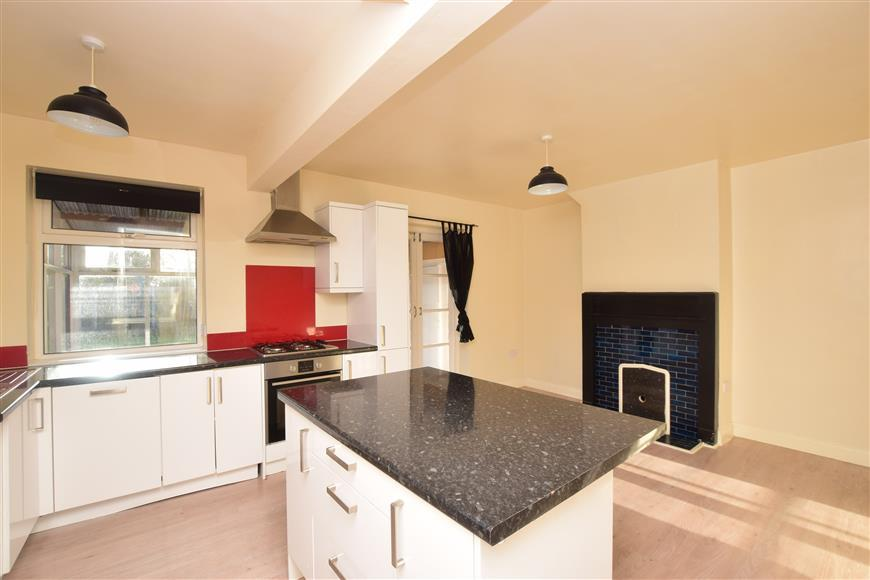 3 Bedrooms Semi Detached House for sale in Cogans Terrace, Canterbury, Kent