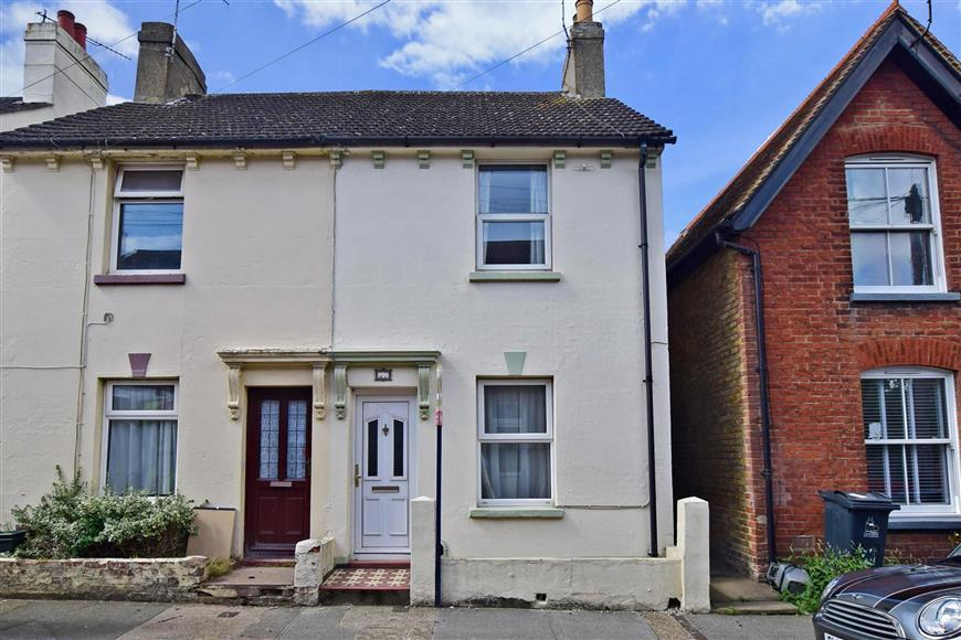 3 Bedrooms Semi Detached House for sale in Ada Road, Canterbury, Kent