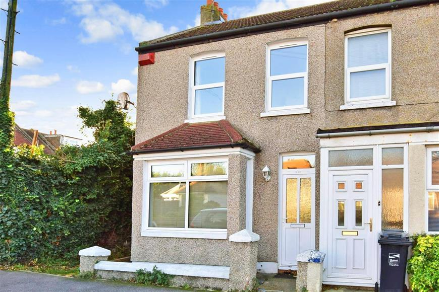 3 Bedrooms Terraced House for sale in Gordon Road, Margate, Kent