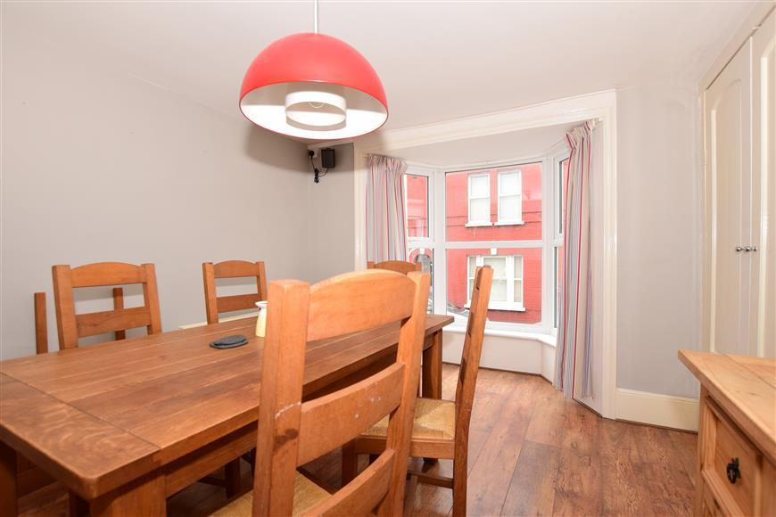 5 Bedrooms Terraced House for sale in Bath Place, Margate, Kent