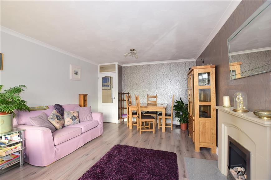 5 Bedrooms Terraced House for sale in Water Mill Way, South Darenth, Kent