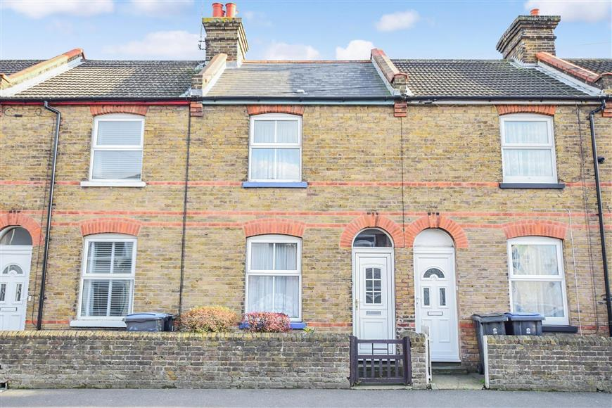 2 Bedrooms Terraced House for sale in Mill Road, Deal, Kent