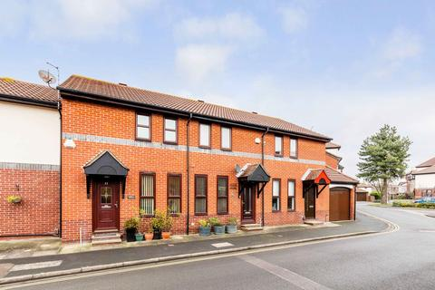 2 bedroom terraced house for sale - Armory Lane, Old Portsmouth