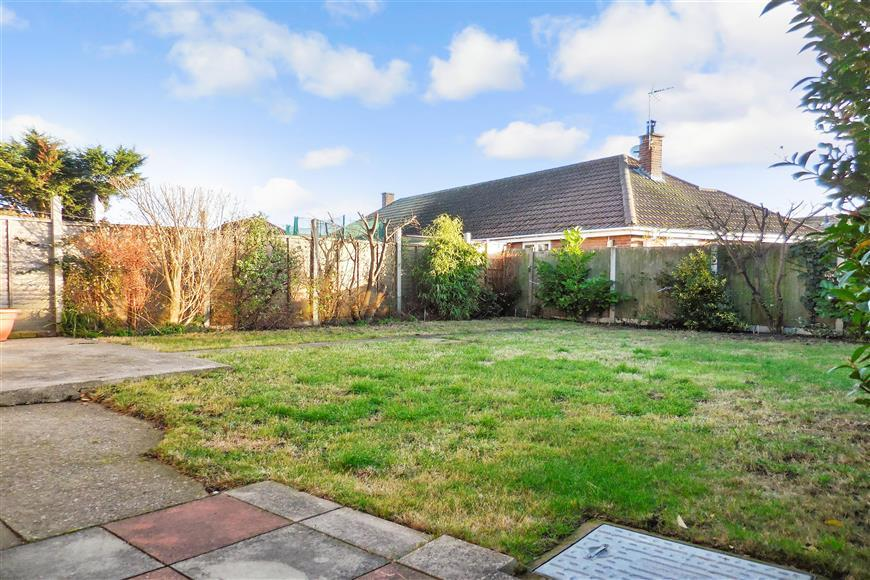 3 Bedrooms End Of Terrace House for sale in Links Road, Deal, Kent