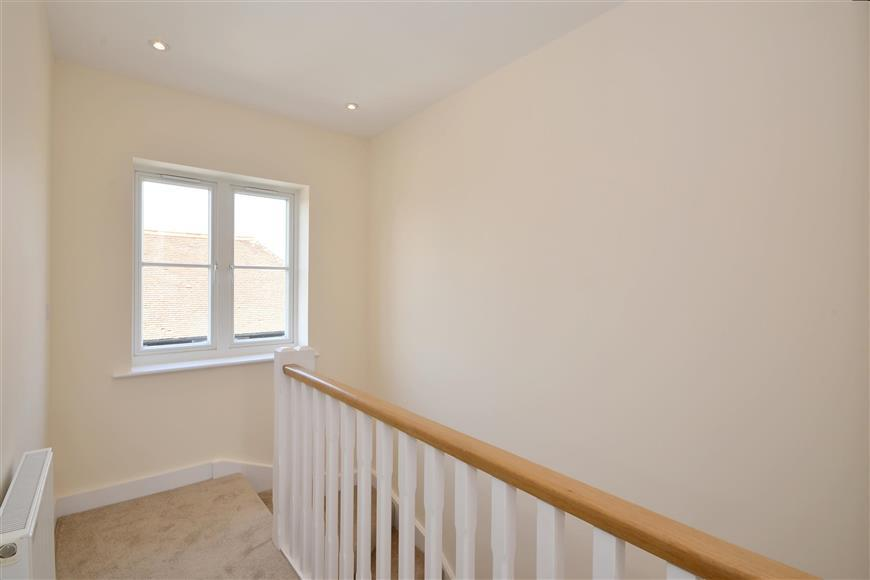 3 Bedrooms Terraced House for sale in Out Downs, Deal, Kent