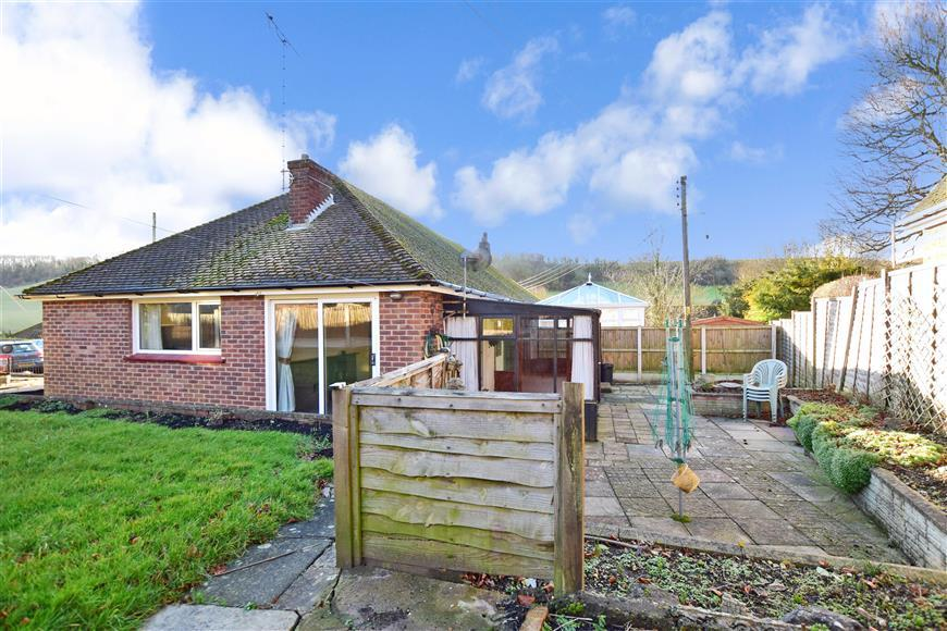 2 Bedrooms Semi Detached Bungalow for sale in Glebelands, Alkham, Dover, Kent