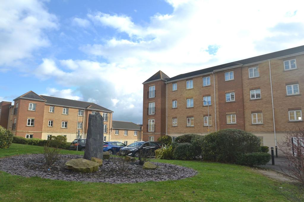 2 Bedrooms Apartment Flat for sale in Ambleside, Purfleet