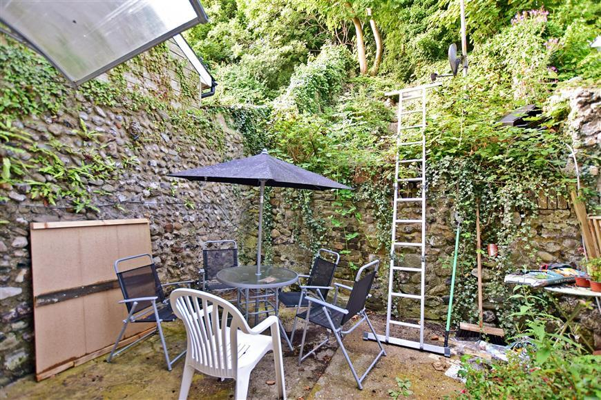 3 Bedrooms Terraced House for sale in High Street, Dover, Kent