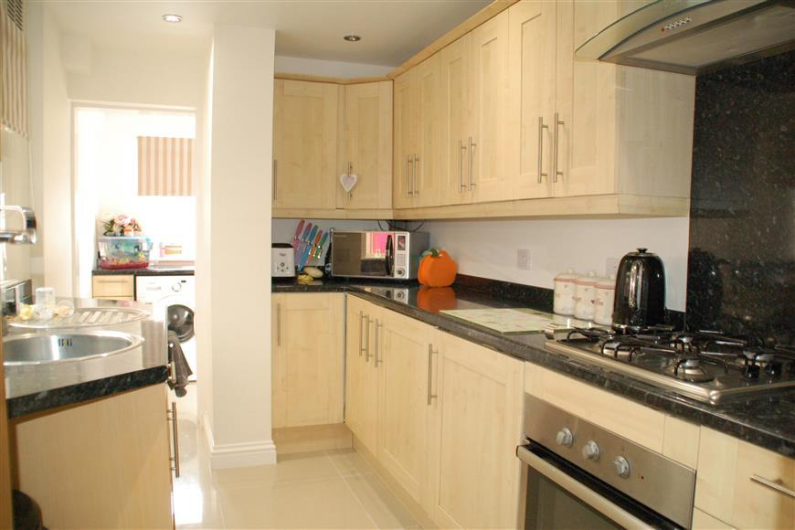 2 Bedrooms Cottage House for sale in Lower Road, River, Dover, Kent