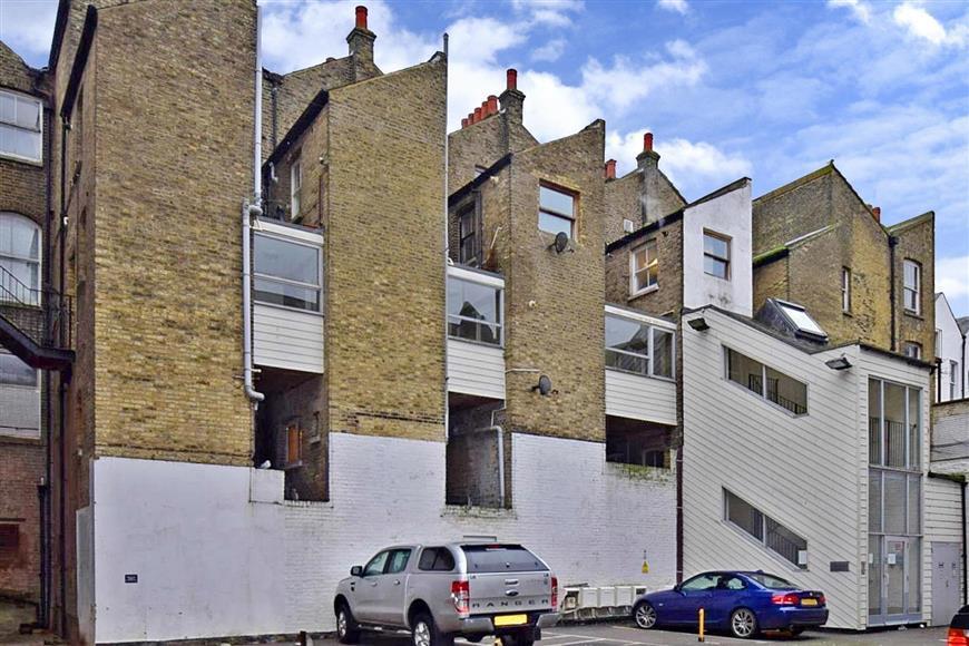 1 Bedroom Apartment Flat for sale in Worthington Street, Dover, Kent