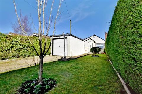3 bedroom bungalow for sale - Maidstone Road, Sutton Valence, Kent