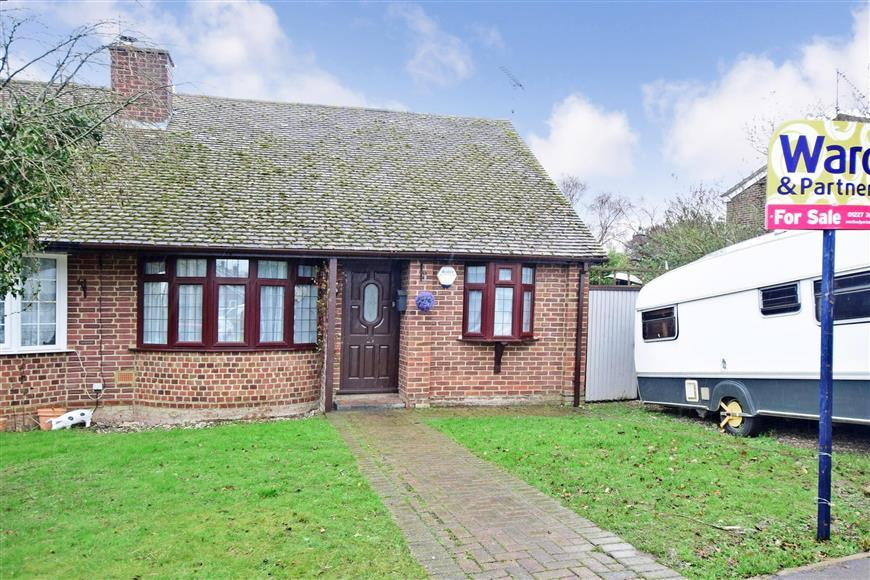 2 Bedrooms Semi Detached Bungalow for sale in Albion Close, Herne Bay, Kent
