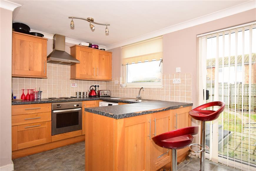 3 Bedrooms End Of Terrace House for sale in Kingfisher Avenue, Hythe, Kent