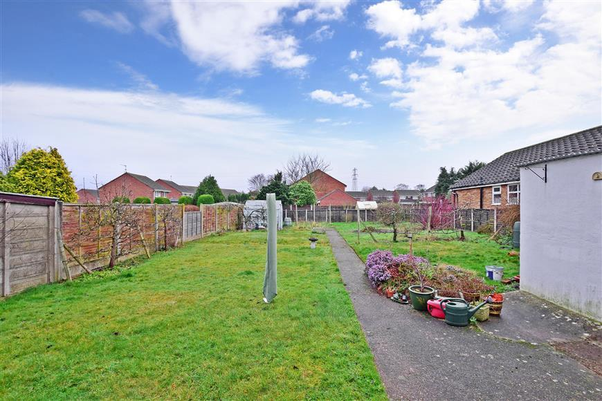 3 Bedrooms Detached Bungalow for sale in Lunsford Lane, Larkfield, Kent