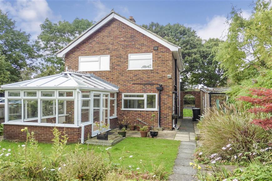 3 Bedrooms Detached House for sale in Vicarage Close, Aylesford, Kent