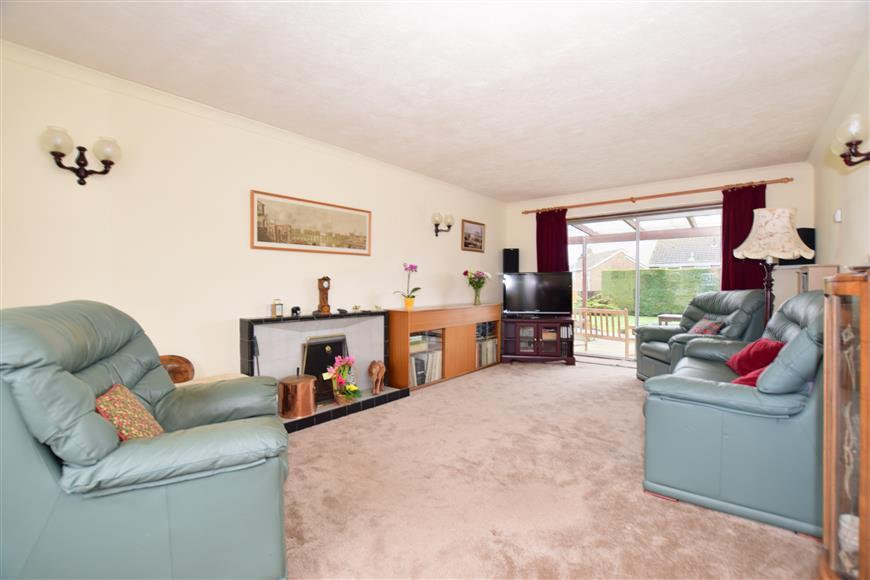 3 Bedrooms Detached House for sale in Arran Road, Maidstone, Kent