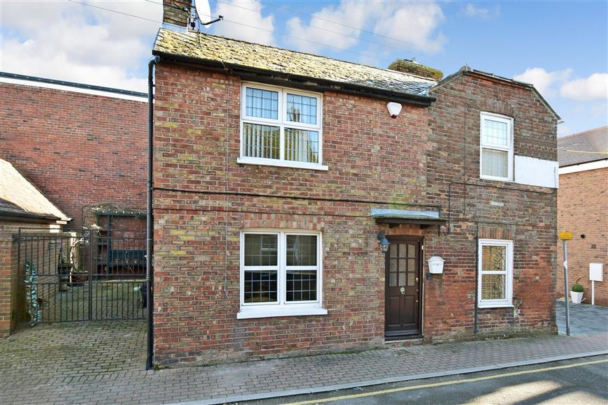 2 Bedrooms Detached House for sale in Rome Road, New Romney, Kent