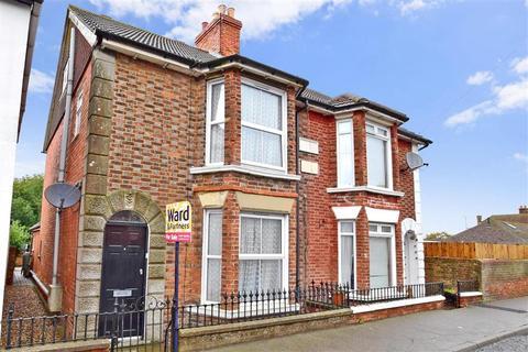 3 bedroom semi-detached house for sale - Station Road, Lydd, Romney Marsh, Kent