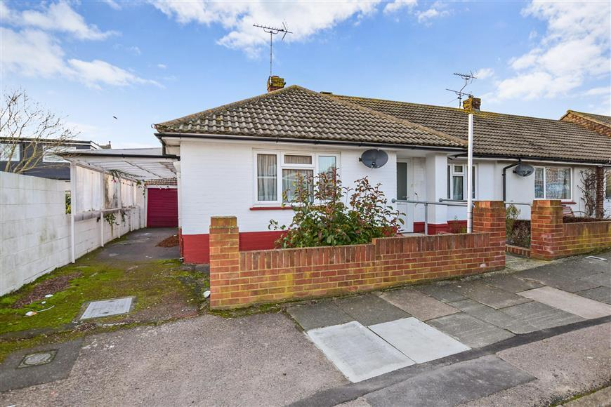 2 Bedrooms Semi Detached Bungalow for sale in Fitzroy Avenue, Ramsgate, Kent