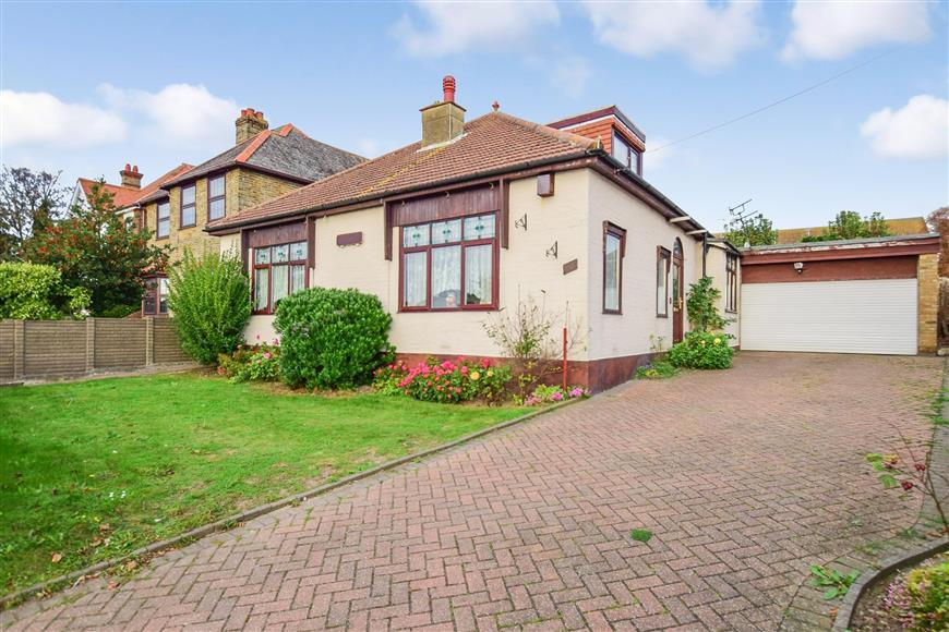 4 Bedrooms Bungalow for sale in Margate Road, Ramsgate, Kent