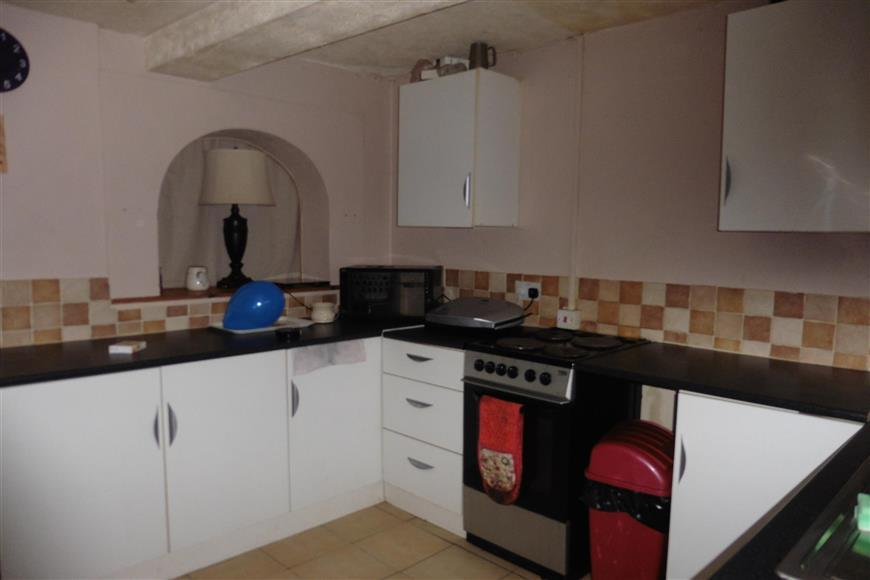 2 Bedrooms Terraced House for sale in Clyde Street, Sheerness, Kent