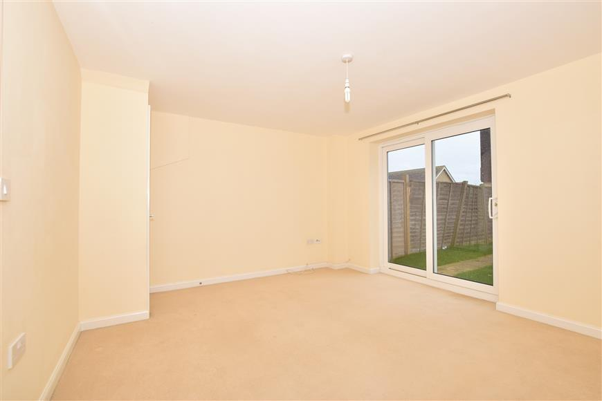 3 Bedrooms End Of Terrace House for sale in Thistle Walk, Minster On Sea, Sheerness, Kent