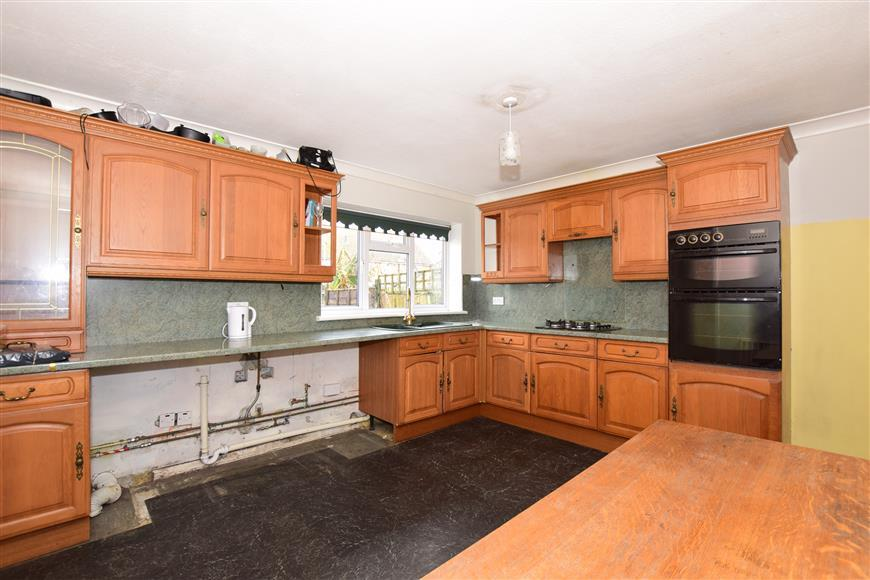 4 Bedrooms Semi Detached House for sale in Chancery Road, Cliffe, Rochester, Kent