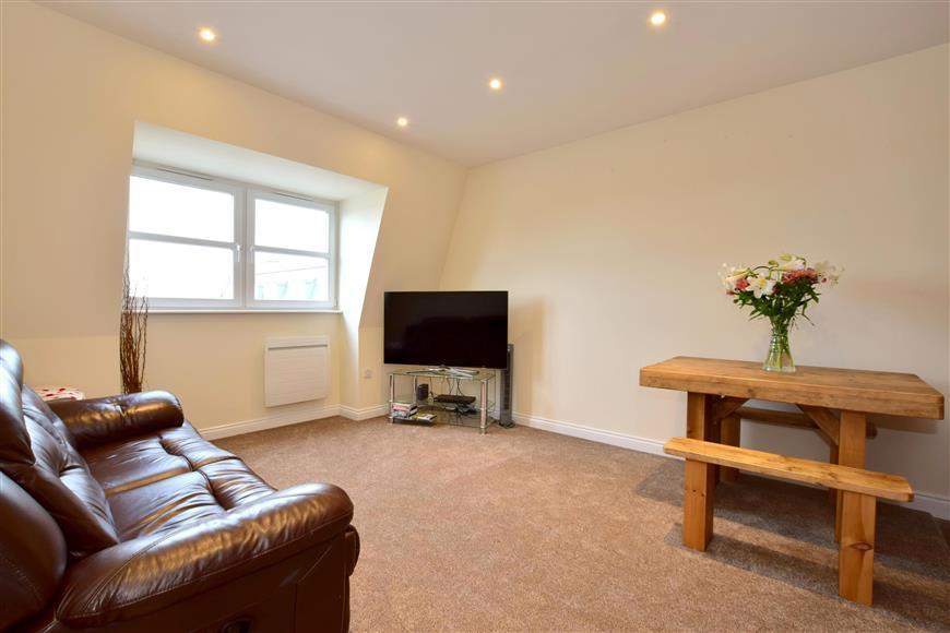 2 Bedrooms Flat for sale in Culverden Park Road, Tunbridge Wells, Kent