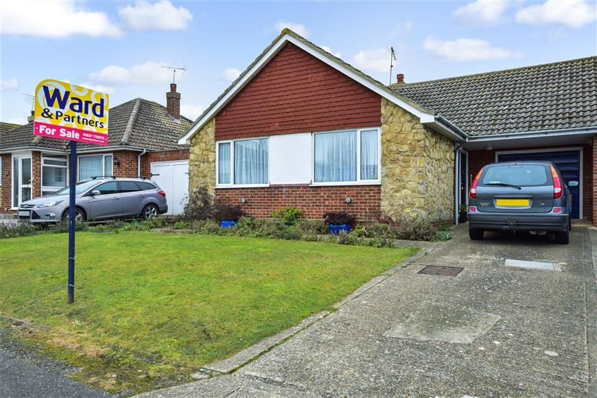 2 Bedrooms Link Detached House for sale in Richmond Road, Whitstable, Kent