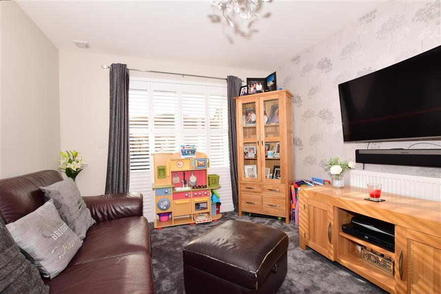 3 Bedrooms Detached House for sale in Olympia Way, Whitstable, Kent