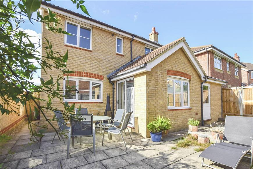 4 Bedrooms Detached House for sale in Harty Ferry View, Whitstable, Kent