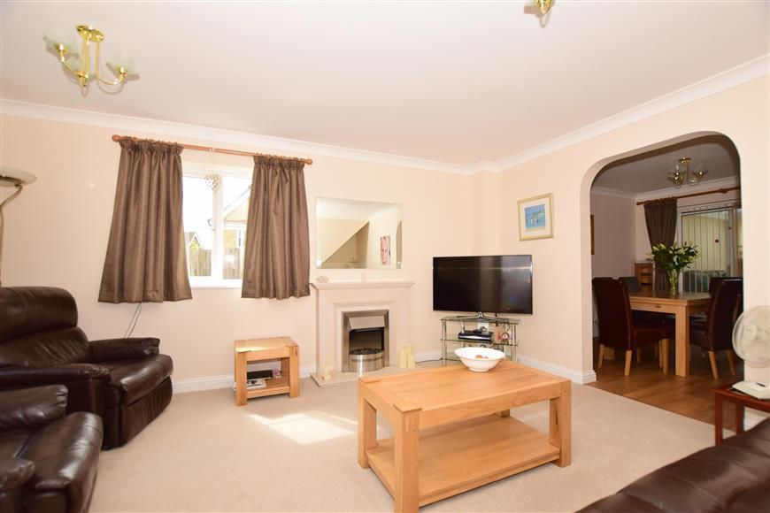 4 Bedrooms Detached House for sale in Emelina Way, Whitstable, Kent