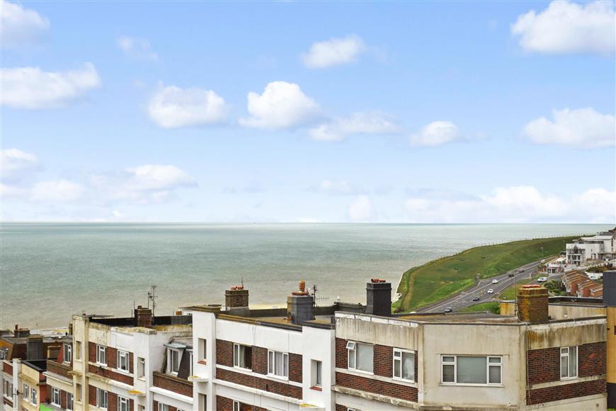 2 Bedrooms Flat for sale in Longridge Avenue, Brighton, East Sussex