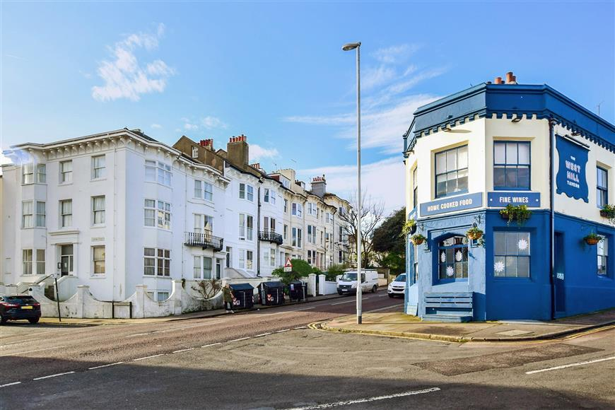 2 Bedrooms Apartment Flat for sale in Buckingham Place, Brighton, East Sussex