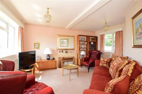 3 bedroom detached house for sale - Crescent Drive South, Woodingdean, Brighton, East Sussex