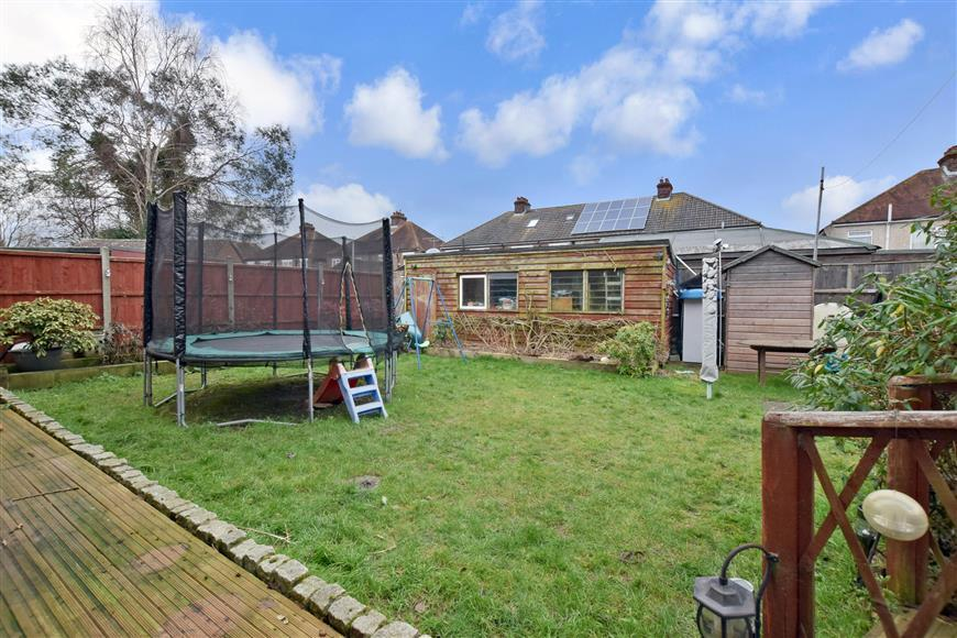 5 Bedrooms Semi Detached House for sale in Fayre Road, Fareham, Hampshire