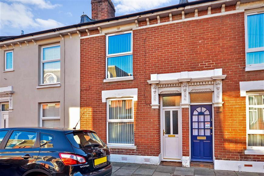 2 Bedrooms Terraced House for sale in Tipner Road, Portsmouth, Hampshire