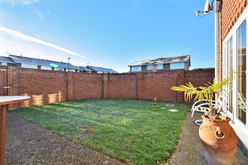4 Bedrooms Semi Detached House for sale in The Haven, Portsmouth, Hampshire