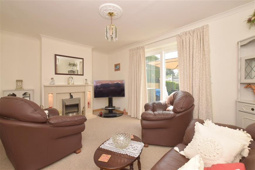 3 Bedrooms Semi Detached House for sale in Victoria Road, Emsworth, Hampshire