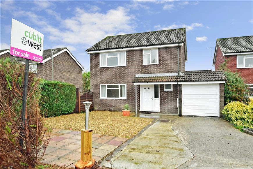 4 Bedrooms Detached House for sale in Neville Gardens, Emsworth, Hampshire